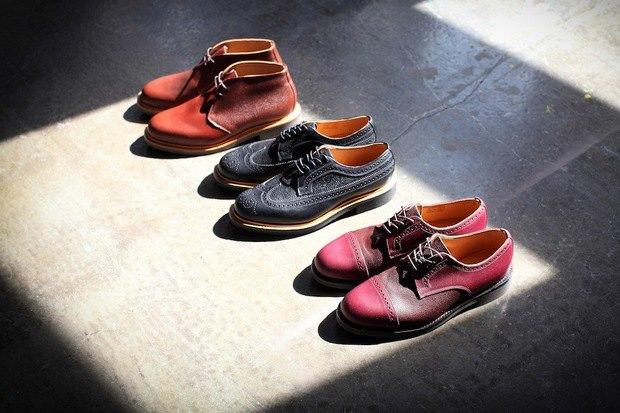 Дизайнер Марк МакНейри и петербургский магазин Mint выпустили совместную коллекцию обуви. Изображение № 1.