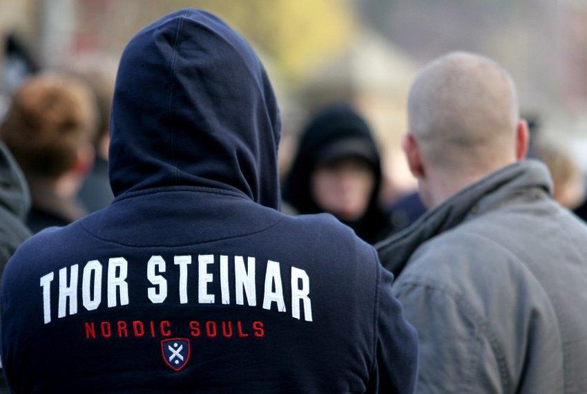 Нипстеры: Как в Германии появилась новая субкультура ультраправой молодёжи. Изображение № 2.