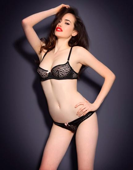 Австралийская модель Сара Стивенс снялась в рекламе Agent Provocateur . Изображение № 18.