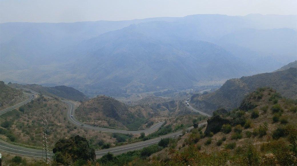 Домашний арест, ночь в пещере и автокатастрофа: Путешествие из Украины в Пакистан на велосипеде. Изображение № 12.