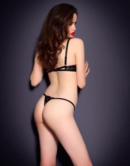Австралийская модель Сара Стивенс снялась в рекламе Agent Provocateur . Изображение № 4.