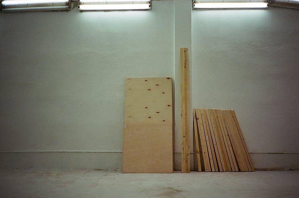 Фоторепортаж: Как мы сделали ремонт в мастерской силами редакции. Изображение № 43.