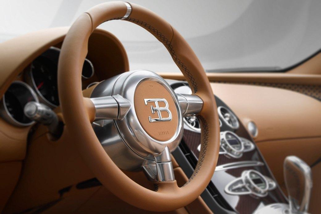 Бугатти показала новый Veyron Grand Sport Vitesse, посвященный брату основателя компании. Изображение № 7.