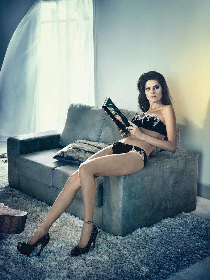 Бразильская модель Изабели Фонтана снялась в рекламе нижнего белья UNI Lingerie. Изображение № 7.
