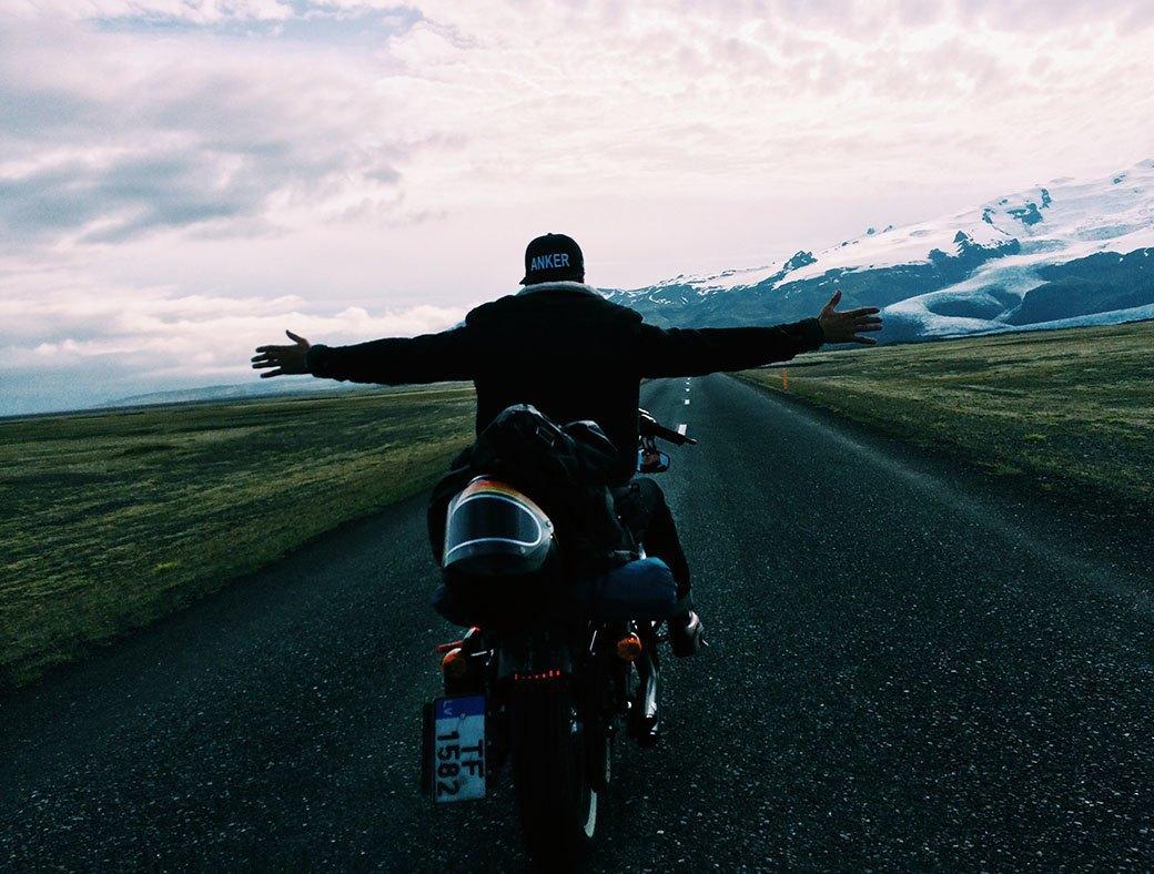 Как мы проехали всю Европу на мотоциклах, чтобы посёрфить у берегов Исландии. Изображение № 6.