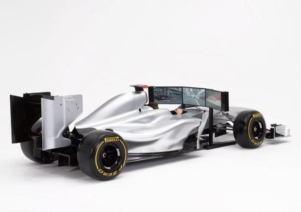 Английская компания выпустила полноразмерный симулятор «Формулы-1». Изображение № 5.