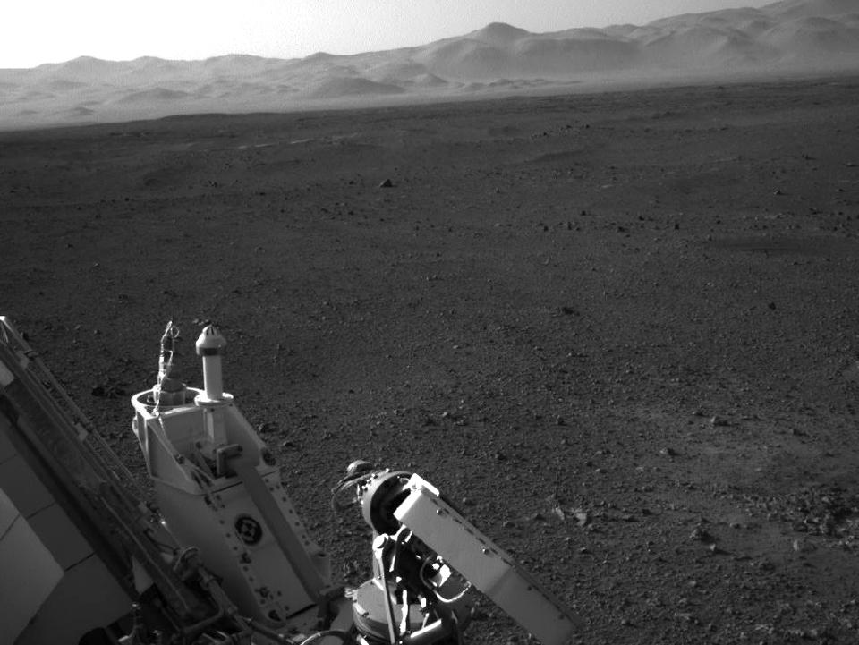 10 фотографий с марсохода Curiosity и поверхности Красной планеты. Изображение №5.