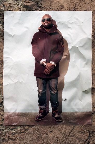 Американский ритейлер Вodega опубликовал лукбук осенней коллекции одежды. Изображение № 10.