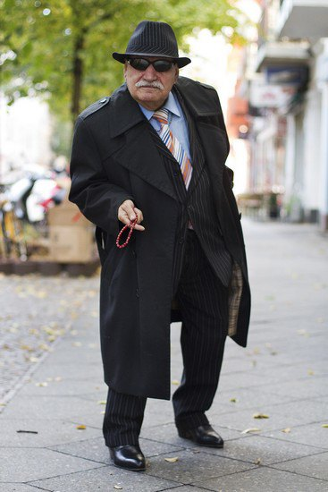 Харизматичный турок Али каждый день демонстрирует новый лук в блоге на Tumblr. Изображение № 2.