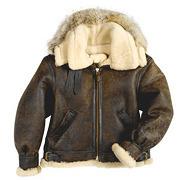 На высоте: История и особенности легендарной пилотской куртки на меху — B-3. Изображение № 18.