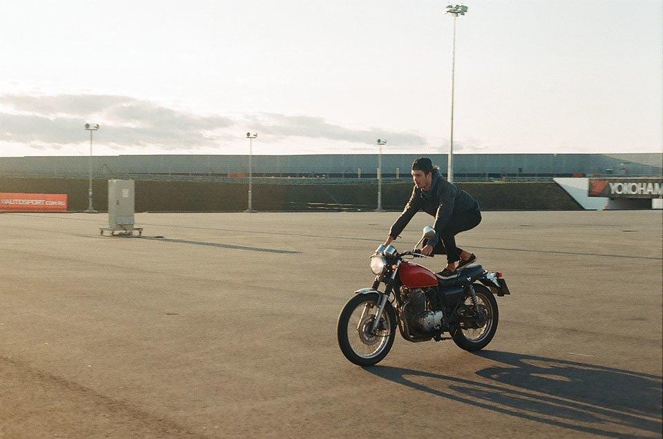 Фоторепортаж с гонки кастомных мотоциклов Nuts & Bolts. Изображение № 19.