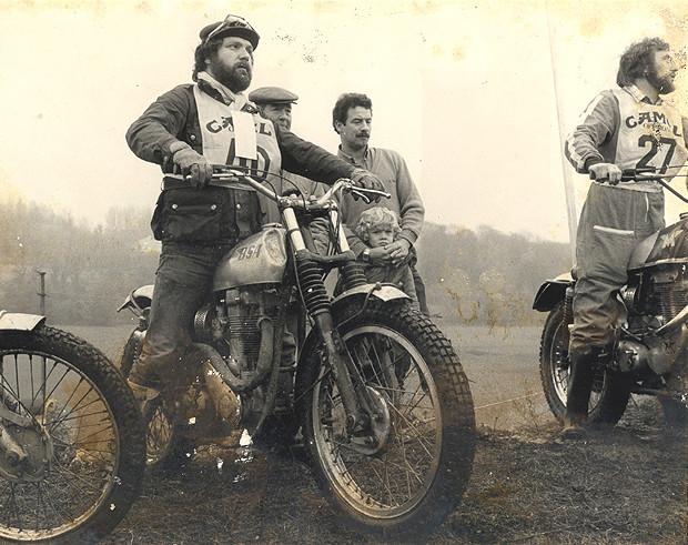 Мотоциклист Адель Шангараев рассказывает об экипировке, необходимой для езды в городе. Изображение №14.