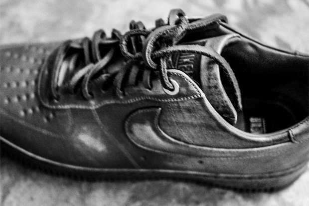 В сети появилось превью коллаборации Nike и Pigalle. Изображение № 10.