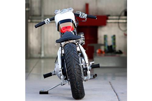 Топ-гир: 10 лучших кастомных мотоциклов 2011 года. Изображение № 51.