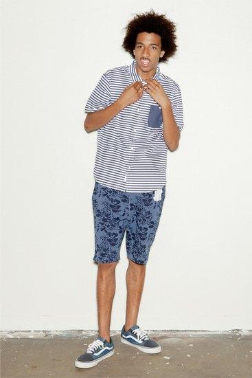 Участник Odd Future снялся в летнем лукбуке марки Undefeated. Изображение № 3.