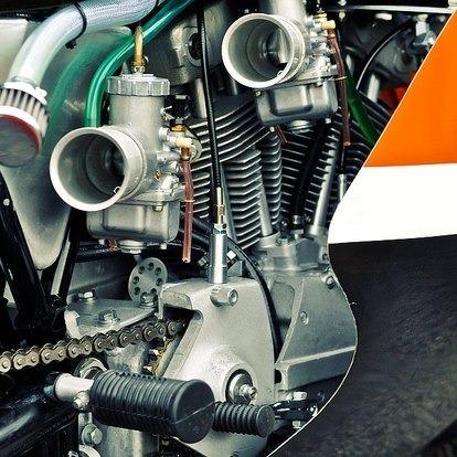 Мастерская британского дилера Warr's отреставрировала гоночный Harley-Davidson XRTT-750 . Изображение № 6.