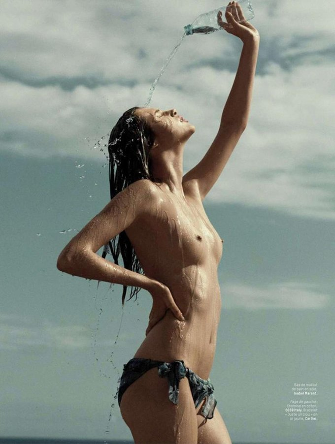 Ханна Химич сфотографировала Анаис Пульо для нового номера журнала L'officiel Paris. Изображение № 3.