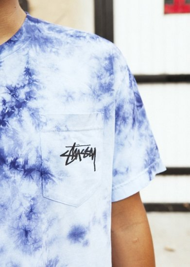 Марка Stussy выпустила коллекцию одежды, раскрашенной в стиле тай-дай. Изображение № 1.