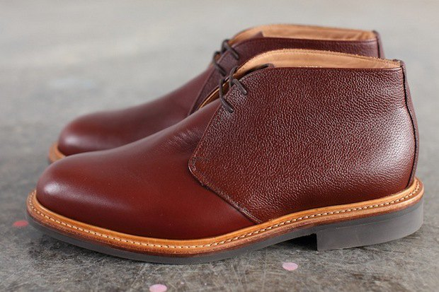 Дизайнер Марк МакНейри и петербургский магазин Mint выпустили совместную коллекцию обуви. Изображение № 4.