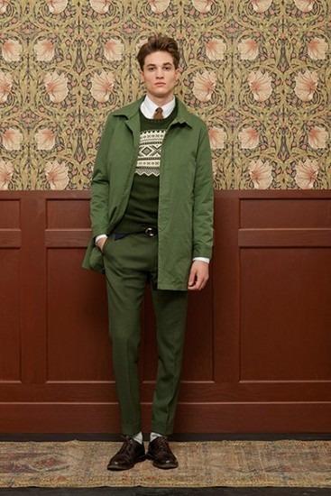 Марка Gant Rugger выпустила лукбук новой коллекции одежды своей линейки Holiday. Изображение № 3.