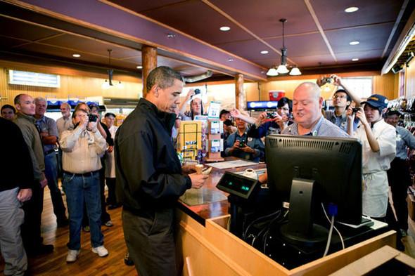 Наглядный пример: Барак Обама. Изображение № 32.