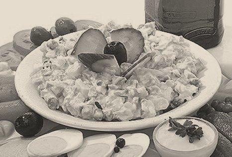 Национальная гордость: 10 главных блюд советского новогоднего застолья. Изображение № 2.