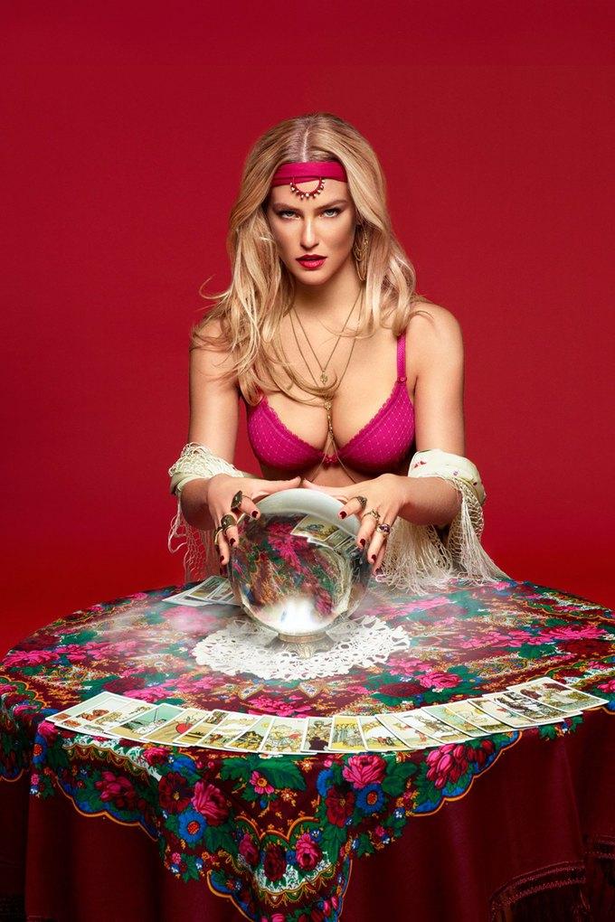 Модель Бар Рафаэли снялась в рекламе белья Passionata. Изображение № 11.