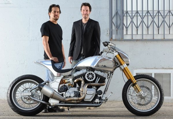 Киану Ривз основал компанию по производству кастомных мотоциклов на базе Harley-Davidson. Изображение № 3.