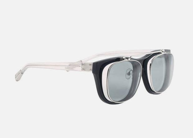 Дизайнер Крис Ван Аш выпустил летнюю коллекцию солнцезащитных очков. Изображение № 7.