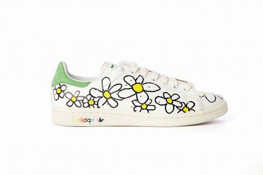 Adidas выпустит коллекцию кроссовок Stan Smith, вручную разрисованных Фарреллом. Изображение № 6.