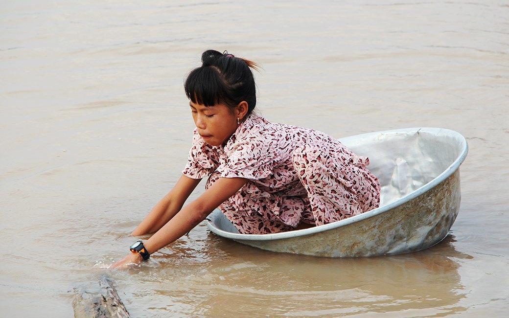 Две девушки и один мотоцикл: Путешествие по Камбодже. Изображение № 7.