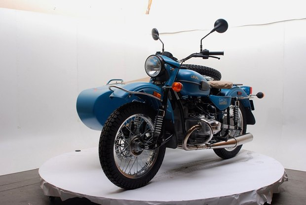 Российская марка «Урал» и бренд Pendleton собрали совместную модель мотоцикла. Изображение № 4.