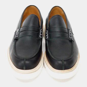 Марки Cash Ca и Trickers выпустили совместную коллекцию обуви. Изображение № 14.