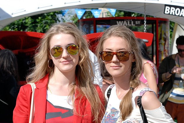 Красивые девушки на выставке Faces & Laces. Изображение № 11.
