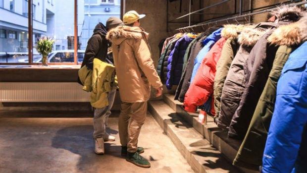 Россия намерена запретить ввоз иномарок и импортной одежды. Изображение № 1.