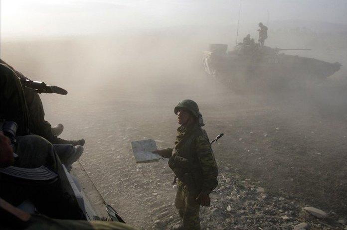 Объективный взгляд: 10 современных военных фотографов . Изображение № 24.