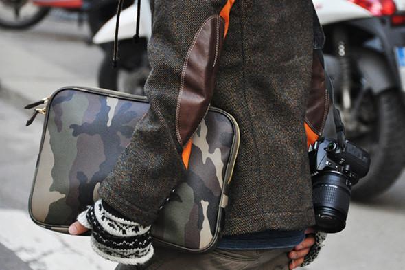 Изображение 36. Шарфы, клатчи, клетчатые пиджаки и подвернутые джинсы.. Изображение № 44.