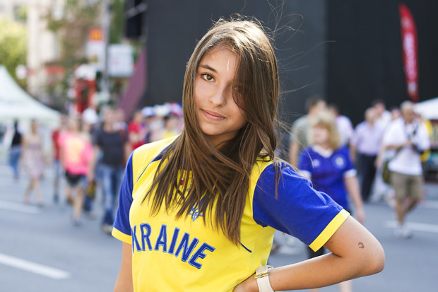 Красивые девушки на матчах Евро-2012. Изображение № 5.