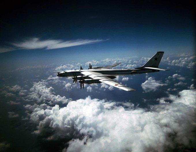 На Ebay выставили на продажу советский бомбардировщик Ту-95МС. Изображение № 2.