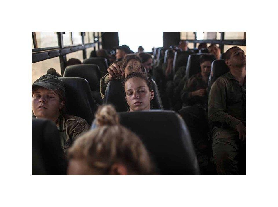 Фотопроект: Как служат женщины в армии Израиля. Изображение № 11.