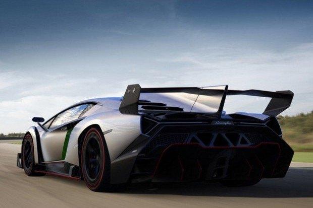 Lamborghini представили юбилейный суперкар Veneno. Изображение № 9.