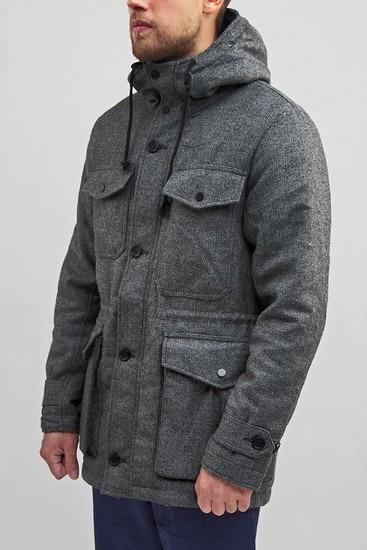 Петербургская марка Devo опубликовала лукбук зимней коллекции одежды. Изображение № 5.