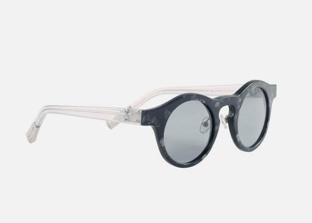 Дизайнер Крис Ван Аш выпустил летнюю коллекцию солнцезащитных очков. Изображение № 4.