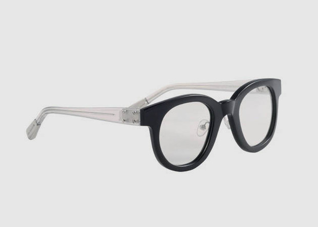 Дизайнер Крис Ван Аш выпустил летнюю коллекцию солнцезащитных очков. Изображение № 2.