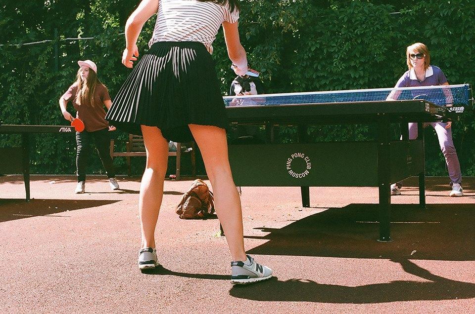 Фоторепортаж: Женский турнир по пинг-понгу в Нескучном саду. Изображение № 27.