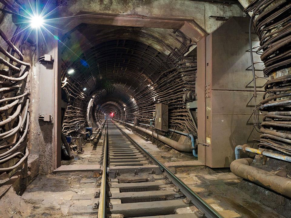 Метро как подземелье, бомбоубежище и угроза: Интервью с исследователем подземки. Изображение №12.