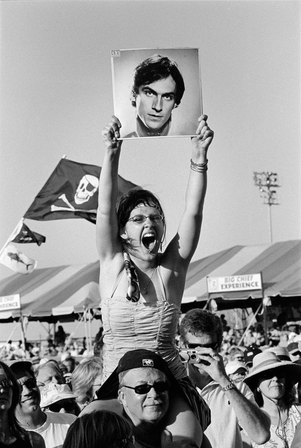 Музыка нас связала: Фотограф Эрин Фейнберг десять лет снимает фанатов на концертах. Изображение № 17.