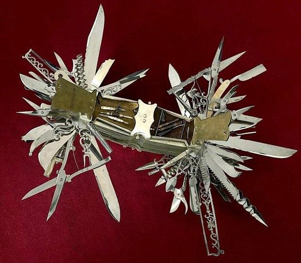 В музее США выставили «мать складных ножей» с сотней инструментов и револьвером в рукоятке. Изображение № 4.