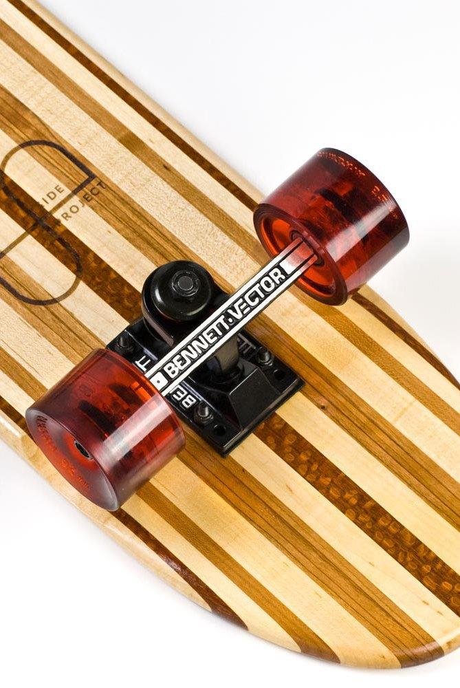 Дизайнер Джейк Эшелман выпустил коллекцию скейтбордов ручной работы. Изображение № 1.