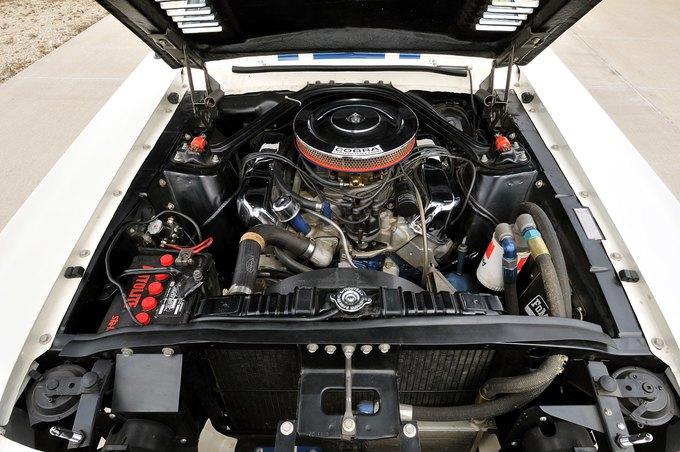 В США на аукционе продали самый дорогой Ford Mustang. Изображение № 24.